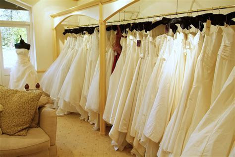 Quest for the perfect Wedding Dress   Wedding Checklists