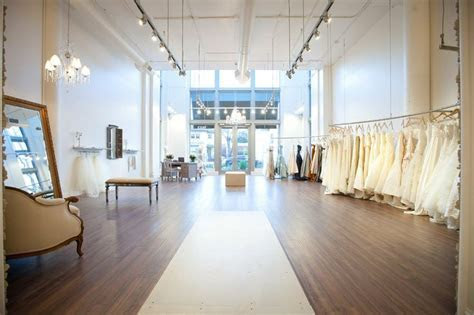 1000  ideas about Bridal Boutique Interior on Pinterest