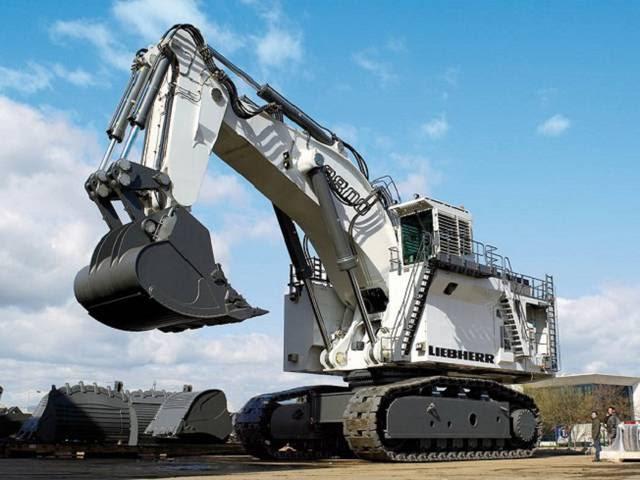 World S Largest Mining Excavator Liebherr R 9800 Fubiz Media