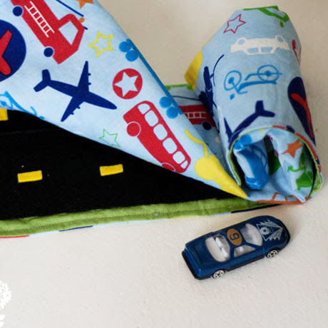 travel roll up car play mat pattern