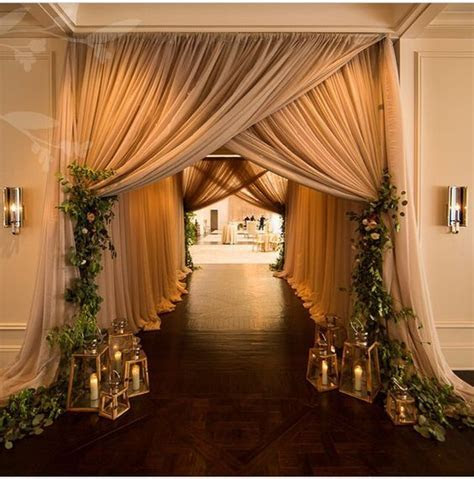 creative wedding entrance walkway decor ideas