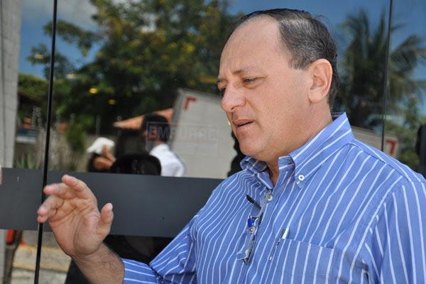 Benes Leocádio afirma que há prefeituras que avaliam cortes para compensar frustração de receitas