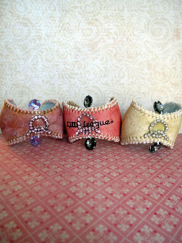 Custom Baseball Cuffs Chic! 4