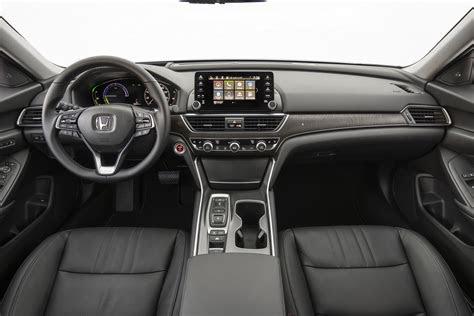 2020 Honda Crv Black Edition Review