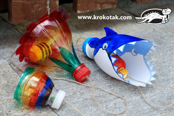 Empty plastic bottles game