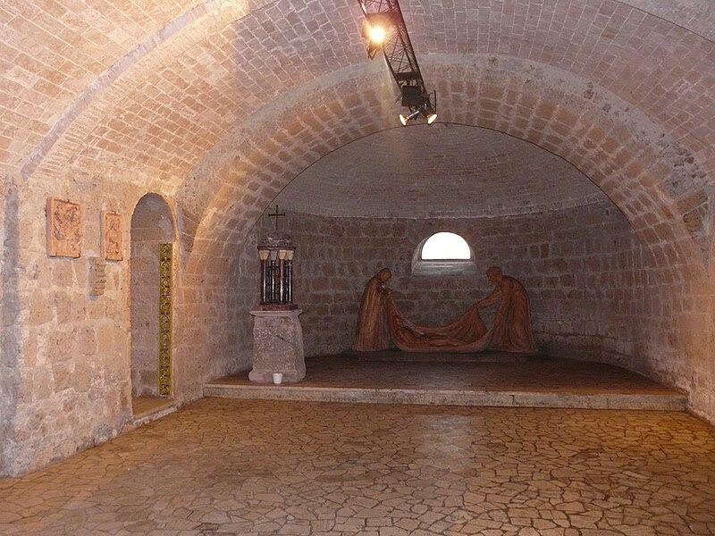 Fil: Acquapendente-Basilica San Sepolcro-cripta8.jpg
