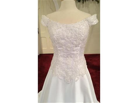 Alfred Angelo 1729 off the shoulder, Alencon Lace, , $124