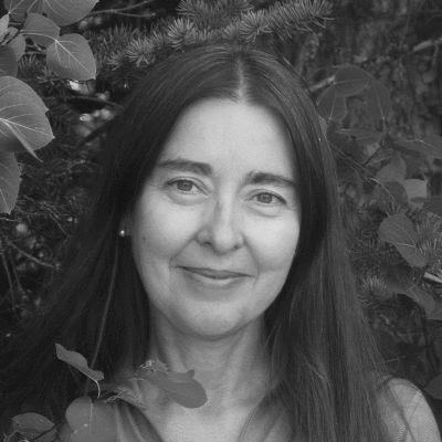 Cristina Eisenberg Headshot