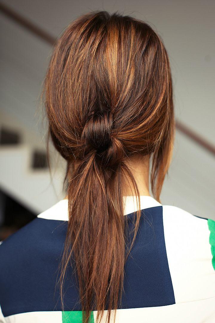 Le Fashion Blog -- 3 Stunning Knotted Ponytails -- Hair Inspiration Via Refinery29 -- photo Le-Fashion-Blog-3-Stunning-Knotted-Ponytails-Hair-Inspiration-Via-Refinery29.jpg