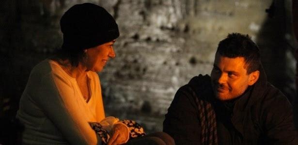 """Em """"Império"""", Maria Marta conhece homem que tem ligação com Zé Alfredo"""