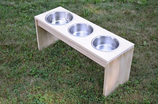 DIY dog feeder