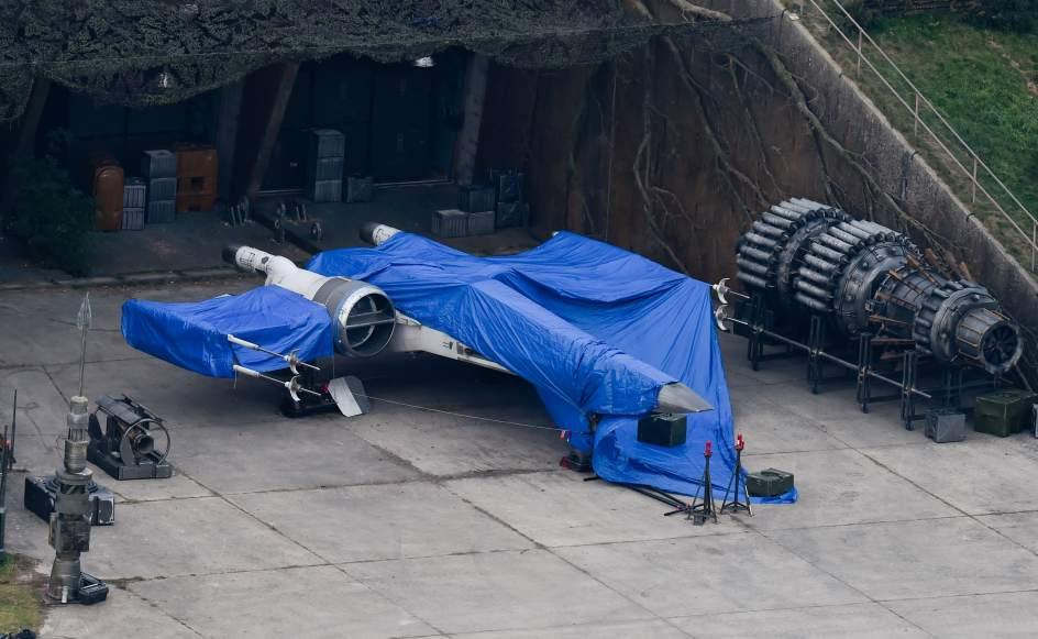 X-Wing set de Rodaje Star Wars Episodio VII Berkshire