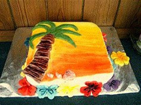 Palm Tree Cake: make a plain or chocolate cake or even buy