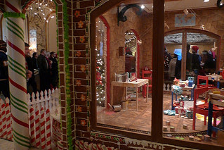 Christmas in the City - Gingerbread House windows