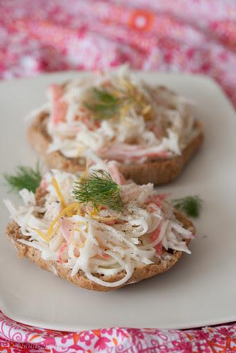 Surimi snow crab sandwich / Imitation crab sandwich / Surimi on toast / Lumekrabivõileib