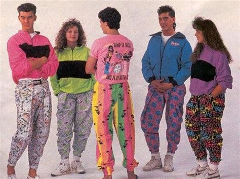 Popular 90s Outfits
