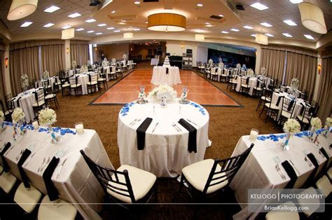 Scioto Reserve Country Club Wedding with Amanda and Rusty