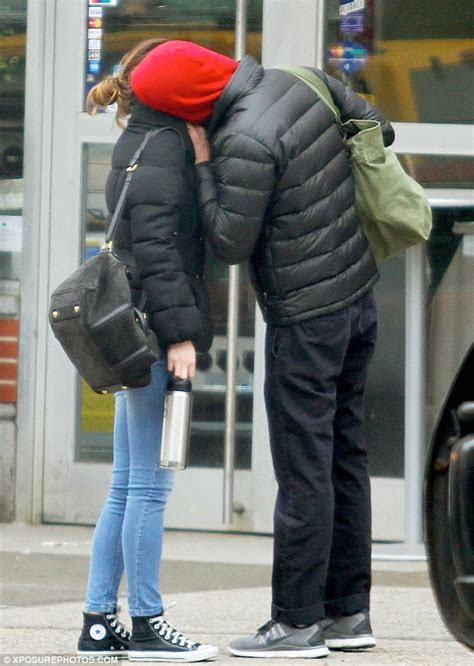 Leighton Meester and Adam Brody share passionate kiss