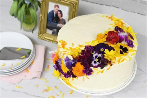 Make your own Harry and Meghan inspired royal wedding cake
