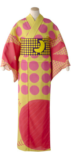 Another designer yukata being sold at Takashimaya. This one has a sort of Sailor Moon feel to it, don't you think? The extremely warm colors are sort of fruity, while the dark purple in the obi brings a little contrast without breaking up the yukata completely—the yellow in it continues the feel of the yukata. I don't like the giant orange ball at the bottom, because again it cuts off the yukata at the knee and makes you look short and chunky.