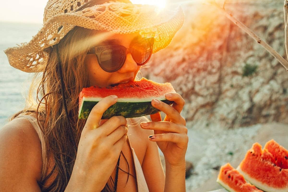 via0.com - 10 Most Common Diet Mistakes Women Make
