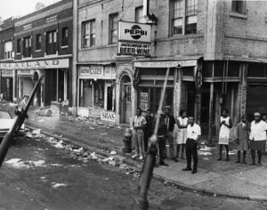 Linwood at Hazelwood on the westside of Detroit during the July 1967 rebellion. This community remains one of the most oppressed in the city some 45 years later. by Pan-African News Wire File Photos