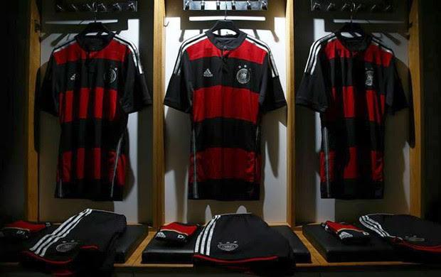 Camisa Alemanha Novo Uniforme (Foto: Reprodução - Facebook Adidas)