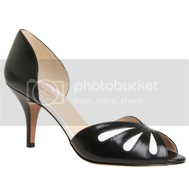 c2b716dacfe -Nine West  One of the country s most popular shoe store chains (others  include