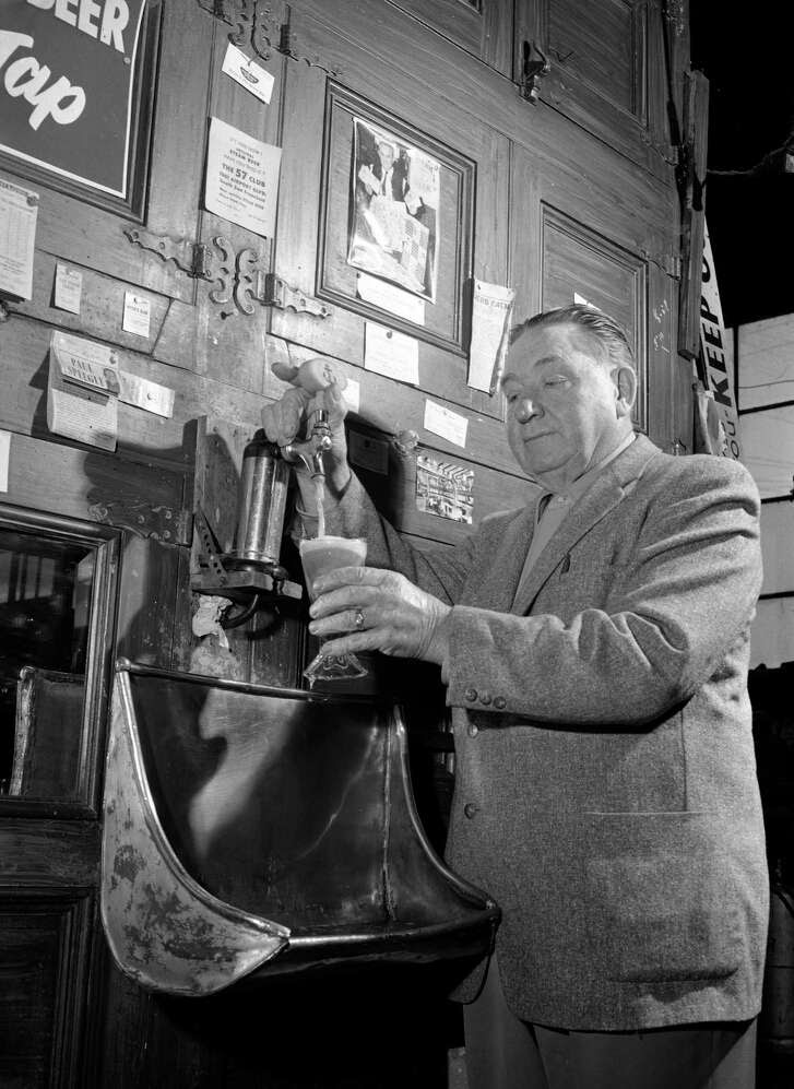 Although The Chronicle reported Anchor Steam's demise in 1959, the beer maker rallied and helped usher in a new age of microbreweries.