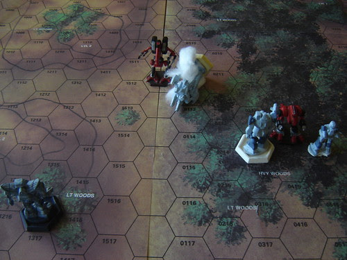 Mad Dog forces retreating Mercs to leave crippled Phoenix Hawk behind as day breaks