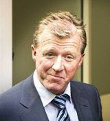 McClaren: Middle manager