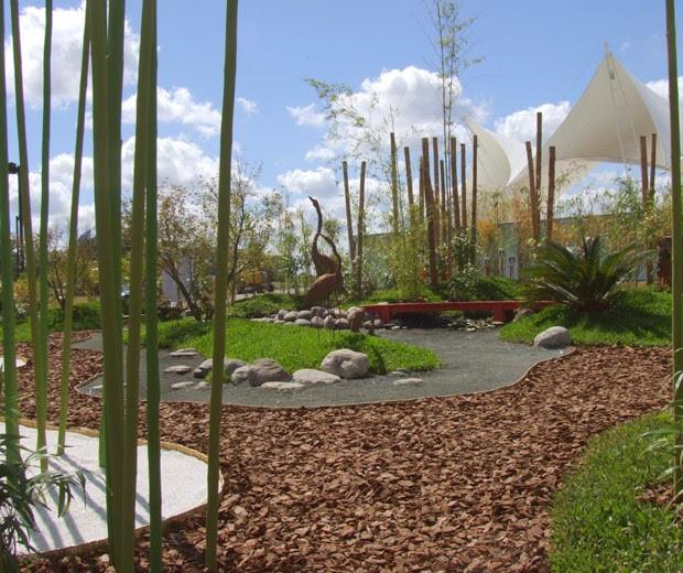 Estilo pilar 2009 jard n japon s contempor neo tecno haus for Jardines pequenos con grava
