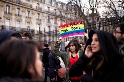 França aprova casamento entre pessoas do mesmo sexo