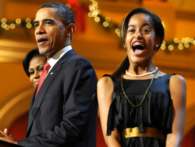 President Obama Welcomes Children To A Christmas In Washington Event
