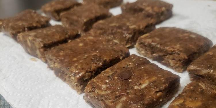 Easiest Way to Make Yummy Chocolate Cookie Energy Bars