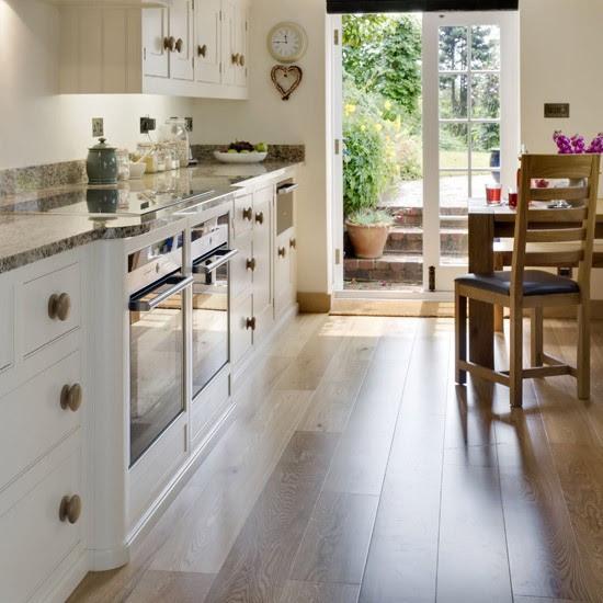 Update your kitchen floor | Update your kitchen on a ...