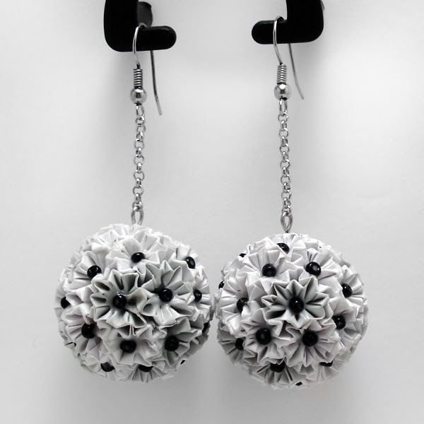 Mini kusudama flower earrings (One earring is made of 36 pieces each 2.5 cm and a lot of patience)