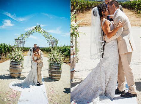 Blue Victorian Winery Wedding   Vezer Family Vineyards