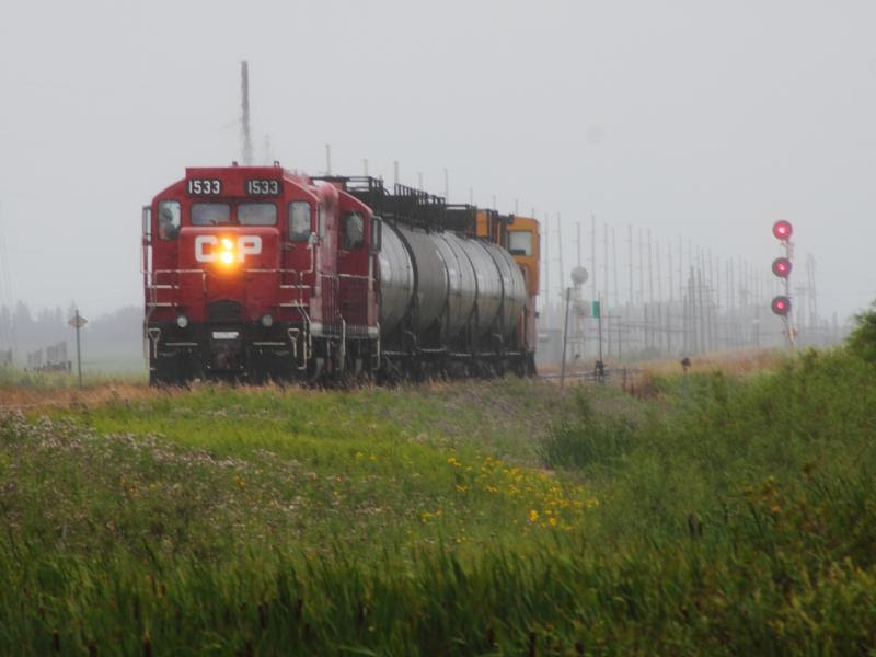 CP 1533 with train in Regina