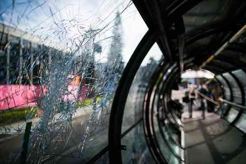 Maurilio Cheli/SMCS - <i> Pelo menos cinco estações-tubo foram danificadas entre a noite de sexta-feira e a madrugada de sábado</i>