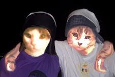 Mi hermano rosito y yo con el costal