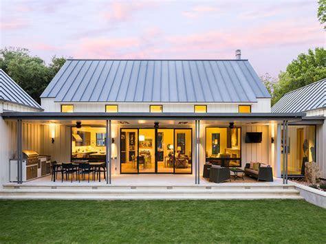 Modern Metal Pole Building Homes   Zion Star