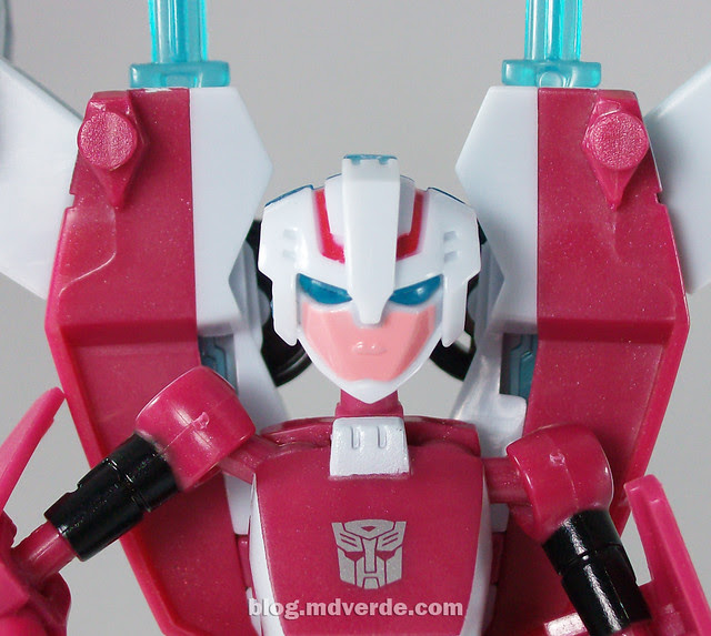 Transformers Arcee Animated Deluxe - modo robot