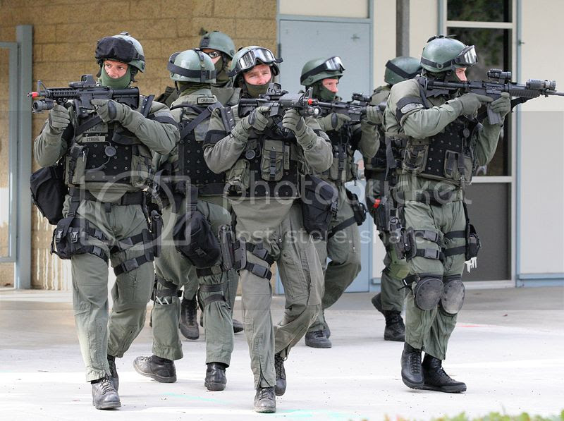photo swat-police_2013_zps5d528d17.jpg