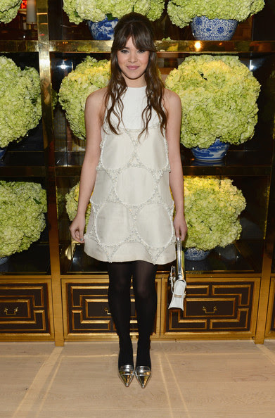 Hailee Steinfeld - Tory Burch Rodeo Drive Flagship Opening
