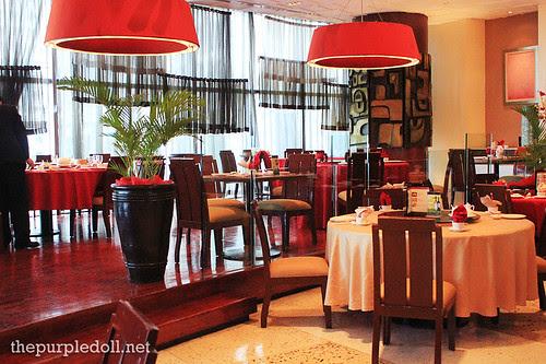 Xin Tian Di Dining Area