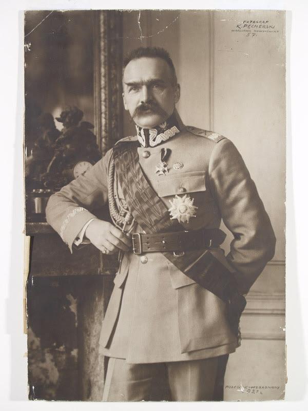 Znalezione obrazy dla zapytania marszałek piłsudski