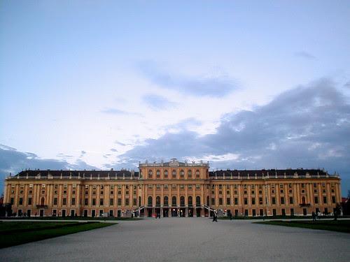 Schönbrunn back