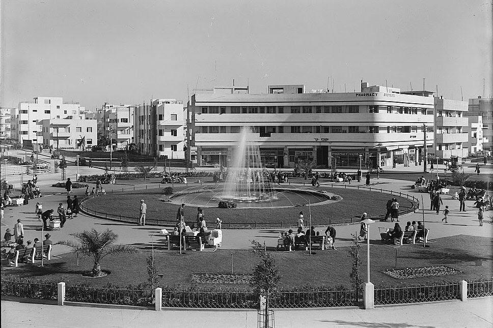 La ciudad blanca en 1940, foto de www.guygomel.com