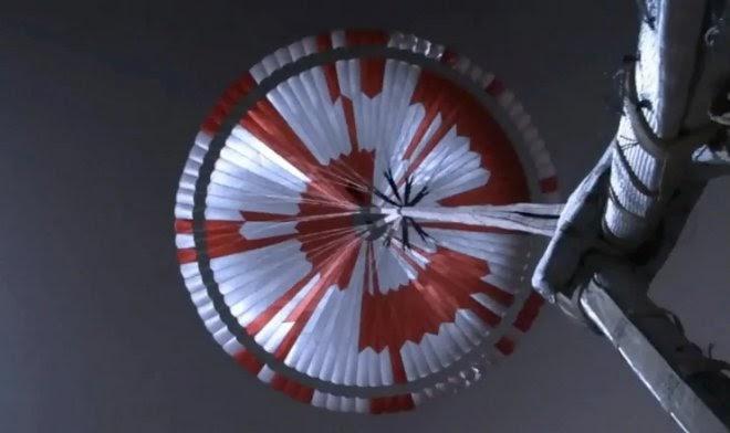 Инженеры NASA спрятали секретное послание в парашюте марсохода Perseverance